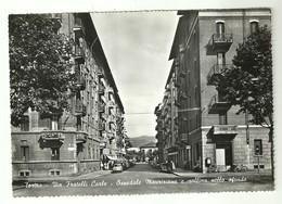 """4405""""TORINO-VIA FRATELLI CARLE-OSPEDALE MAURIZIANO E COLLINA NELLO SFONDO """"ANIMATA-AUTO '50/60-CART.POST ORIG.NON SPED. - Italia"""