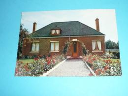 """CPM, Carte Postale, Nord 59, Awoingt Hôtel-Restaurant """"Au Chant Des Oiseaux"""", Route Du Cateau - France"""