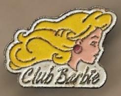 Pin's Club Barbie Poupée Blonde - Jeux