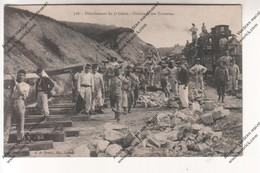 Rare Carte Photo Détachement Du 5eme Génie - Coltinage Des Traverses (Guéret 23 ?) - Régiments