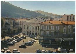 46 CAHORS EN QUERCY - 66 - Edts Théojac - La Place Gambetta & Le Théâtre Municipal. (prix En Baisse) - Cahors
