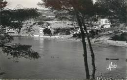 """/ CPSM FRANCE 83 """"Sanary, La Plage De La Gorguette"""" - Sanary-sur-Mer"""