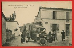 17-1534 - CHARENTE MARITIME - PLASSAY - Arrêt Des Autobus - France