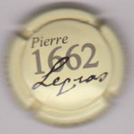 Capsule Champagne LEGRAS Pierre ( 8 ; Crème  Noir Et Gris ) {S26-19} - Champagne