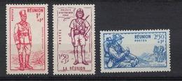 REUNION       N°  YVERT    175/177   NEUF SANS  CHARNIERES      ( Sch 01/23 ) - Réunion (1852-1975)