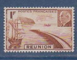 REUNION       N°  YVERT    178   NEUF SANS  CHARNIERES      ( Sch 01/24 ) - Réunion (1852-1975)