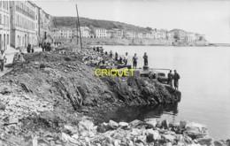 66 Port-Vendres, Guerre 39-45, Photo-carte Originale N° 2 De Ruines Sur Le Port, Phot. Sanchez, Beau Document - Port Vendres