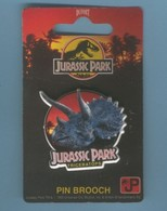 PINS PIN'S JURASSIC PARK - VINTAGE PIN BROOCH 1992 - Le Triceratops - Films