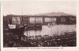 CPA 13 --  MARSEILLE -- Le Port , Dans Le Fond , Le Quai Des Belges - Canebière, Centre Ville