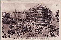 CPA 13 --  MARSEILLE -- Le Quai Du Port Et La Rue De La République + Tramways + Grosse Animation - Canebière, Centre Ville