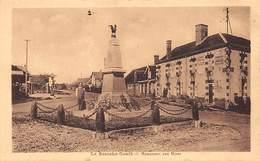 LA BAZOCHE GOUET - Monument Aux Morts - Très Bon état - Autres Communes