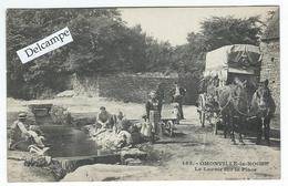 OMONVILLE-la-ROGUE (50) - CPA - Le Lavoir Sur La Place - Andere Gemeenten