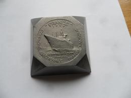 """(Marine Commerciale- Compagnie Générale Transatlantique)- Paquebot FRANCE, Presse-Papier ? """"Croisières D'Adieu"""" (1974) - Souvenirs"""