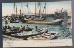 Pillau Kaliningrad Ostpreußen PARTIE IM VORDERHAFEN Farbekarte Mit Leben Und Schiffe ITP 60 Um 1905 - Ostpreussen