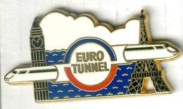 Pin's Arthus Bertrand - Train TGV Eurotunnel Paris Tour Eiffel Londres Big Ben - TGV