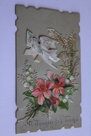 Petite Carte Ancienne. Ecrite En 1886  6cm X 10cm Oiseau  Portant Une Lettre Fleurs  Decoupies   Bord Fantaisie Dore - Découpis