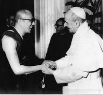 Dalai Lama Et Le Pape. Tibet. Photographie Presse.Texte Au Dos. 17 X 15  Vatican - Tibet
