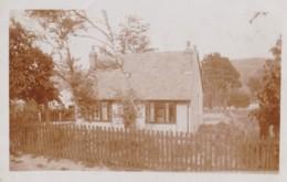 AR32 RPPC - Unidentified Cottage - Photographs