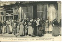 60 - NOYON / LA FRANCE RECONQUISE - RAVITAILLEMENT DES EVACUES - Noyon