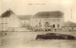 BARGES. LA PLACE PUBLIQUE - Autres Communes