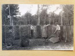 CPA - 58 - Fabrication Du Charbon De Bois Dans La Nièvre - N°3 - Unclassified