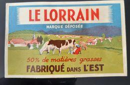 ANCIENNE ETIQUETTE LE LORRAIN FABRIQUE DE L'EST ANTIQUE CHEESE LABEL VACHE VILLAGE CLOCHER COW 50% DE MATIERES GRASSES - Cheese