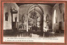 CPA - SAINT-CYR-en-TALMONDAIS (85) - Aspect De L'intérieur De L'Eglise Dans Les Années 20 - Otros Municipios