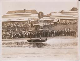 DUCHESS OF YORK MOTOR BOAT RACING THRILLS WELSH HARP HENDON SEAPLANE  20*15CM Fonds Victor FORBIN 1864-1947 - Aviación