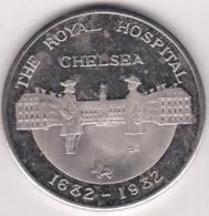 Médaille Tercentenary Royal Hospital Chelsea 1682 1982. Tricentenaire De La Fondation Par Charles II - Altri
