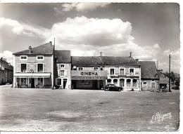 88 - LIFFOL LE GRAND - Place D'Armes - Lot De 2 Cartes - Format 10,5X15 - Liffol Le Grand