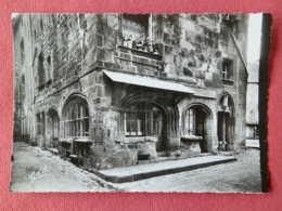 Dep 63 , Cpsm BESSE En CHANDESSE , Maison De La Boucherie , Porte D'escalier Et Devanture Renaissance (109) - Besse Et Saint Anastaise