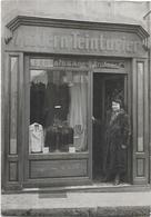 CARTE PHOTO. A IDENTIFIER. DEVANTURE DE MAGASIN. MODERN TEINTURIER - A Identifier