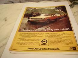 ANCIENNE  PUBLICITE NOUVELLE HISTOIRE VOITURE OPEL 1977 - Cars