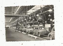 Photographie , 90 X 60 Mm, Régie Nationale Des Usines RENAULT ,usine De BILLANCOURT ,ligne De Finition 4 CV , 2 Scans - Automobiles