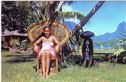 Cpsm De Tahiti - La Reine De Beauté, Pao Pao, Moorea - - Tahiti