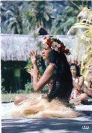 Cpsm De Moorea  - Danseuse D'Aparima à L'Hôtel Aimeo - - Polinesia Francese