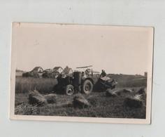Photo Cortaillod Neuchatel Tracteur Agriculteur à Identifier - Métiers