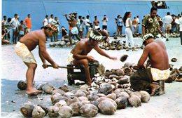 Cpsm De Tahiti - Concours De Préparation De Coprah Juillet 1970 - - Tahiti