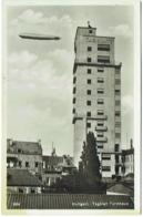Carte Photo. Stuttgart.  Tagblatt Turmhaus. Dirigeable Graf Zeppelin. - Dirigeables