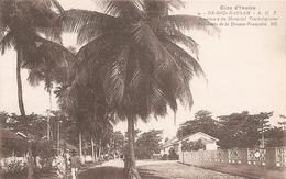 Côte D' Ivoire . Grand Bassam . Batiment De La Douane Française . - Côte-d'Ivoire