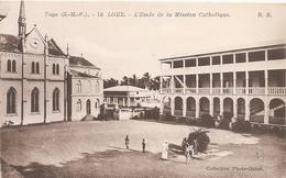 Togo . Lome . L' Ecole De La Mission Catholique . - Togo