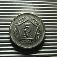 Pakistan 5 Rupees 2004 - Pakistan