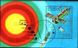 5539BIS ) CUBA GIORNATA DELLA COSMONAUTICA-BF N.103-USATO - Blocchi & Foglietti