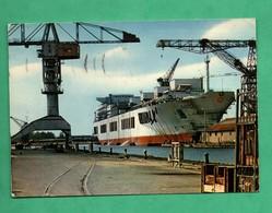 44 Saint Nazaire  Chantier Naval Building  Cargo Ship Gadila - Commerce