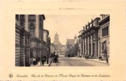 BRUXELLES - Rue De La Régence Et Musée Royal De Peinture Et De Sculpture - Avenues, Boulevards