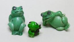 3 Miniatures De GRENOUILLES En Plastique - Bibelot Animaux Grenouille - Tiere