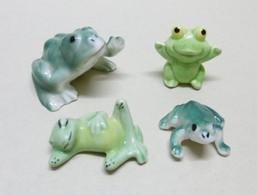 4 Miniatures De GRENOUILLES En Céramique Et Plâtre- Bibelot Animaux Grenouille - Animaux