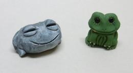 2 Miniatures De GRENOUILLES En Terre Cuite Et Plâtre - Bibelot Animaux Grenouille - Animales