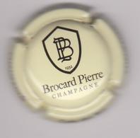 Capsule Champagne BROCARD Pierre ( 3 ; Crème Et Noir ) {S23-19} - Champagne