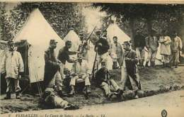 #260619 - METIER BARBIER - VERSAILLES Le Camp De Satory - La Barbe - Tente Camp Militaire Carabine - Autres